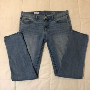 Gap jeans. Size 27R Girlfriend, stretchy fit